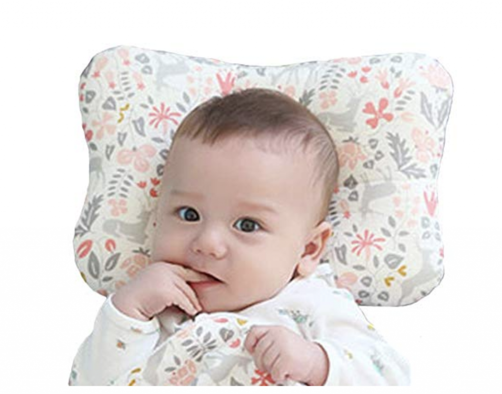 How To Prevent Flat Head in Babies? Do you know if your newborn has flathead? What is flat head?!? Being a new mom can be stressful, but these little tips and tricks will help you greatly! Learn how to prevent or reverse flat head syndrome with these tips! Help prevent flat head without a helmet! #flathead #babies #newborn #newmomtips #newmom