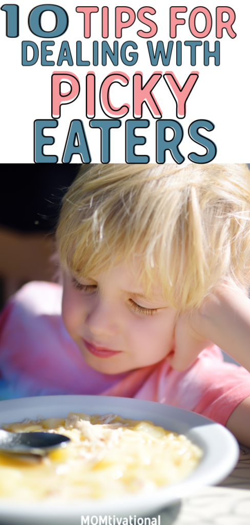 Is your toddler a picky eater? How do you get a picky child to eat? What are some good Finger Foods for Picky Toddlers?! You NEED these tips and tricks for dealing with a picky eater. #pickyeater #toddler #parenting