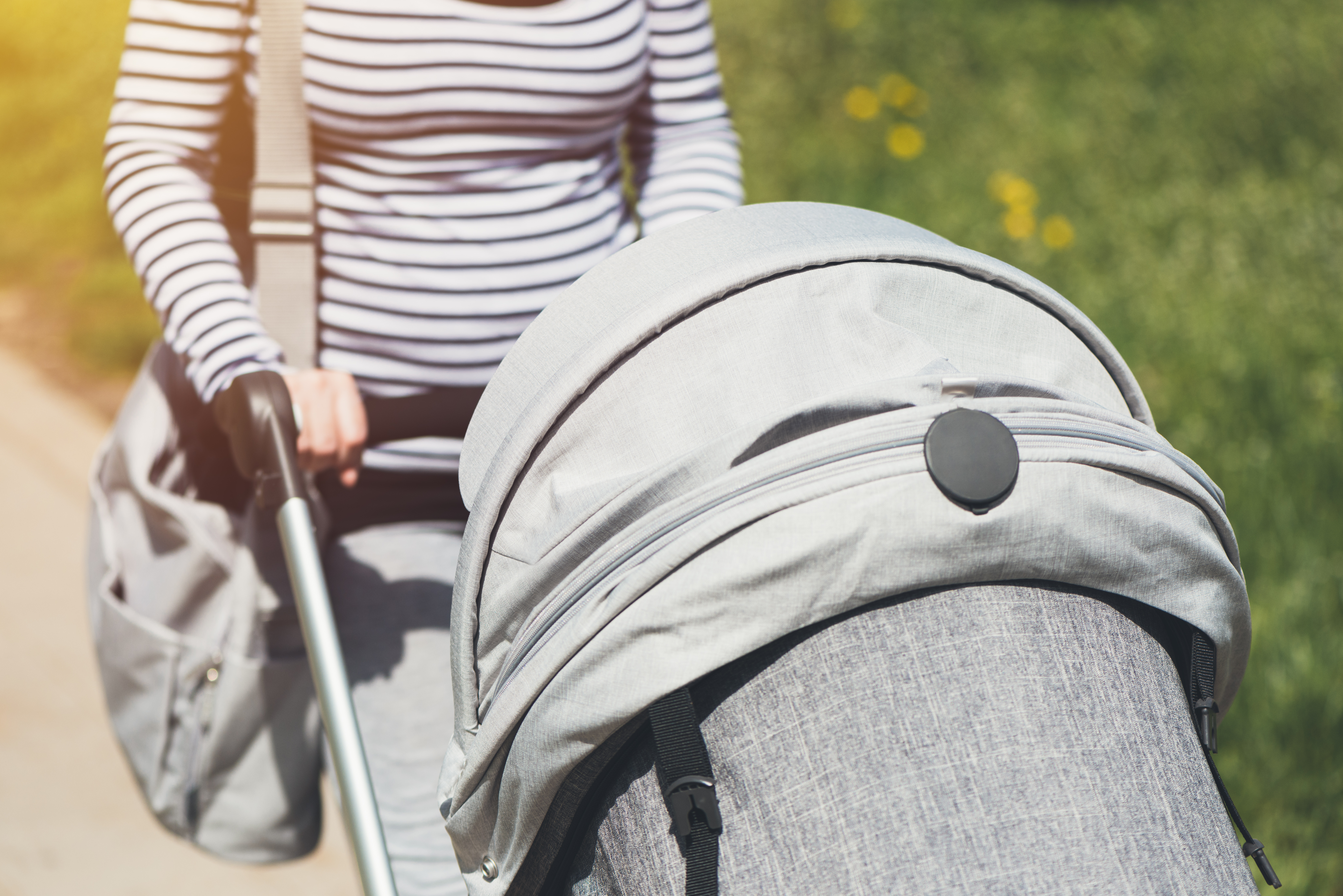 8 Best Lightweight Strollers For Newborns and Toddlers