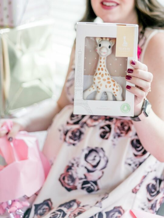10 Beautiful Baby Shower Keepsake Ideas For Mom